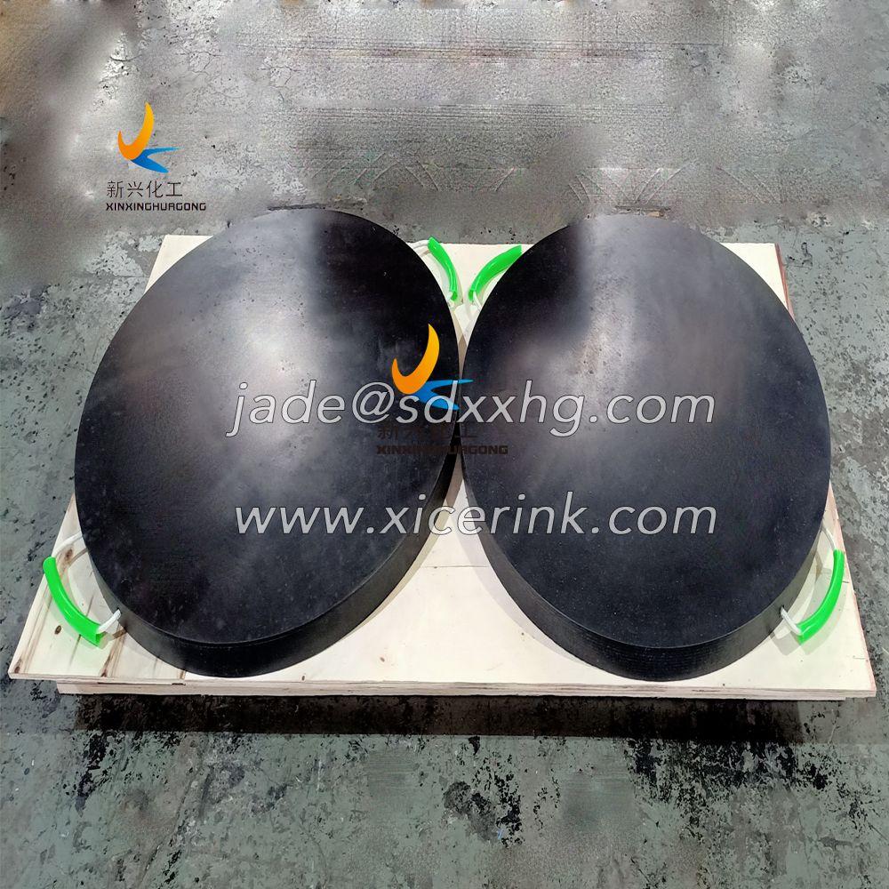 black Non-skid crane leg pad hoist outrigger pads